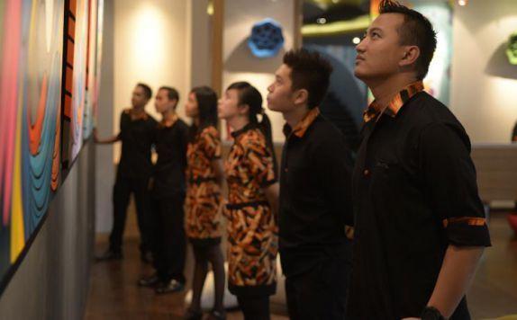 di Artotel Surabaya