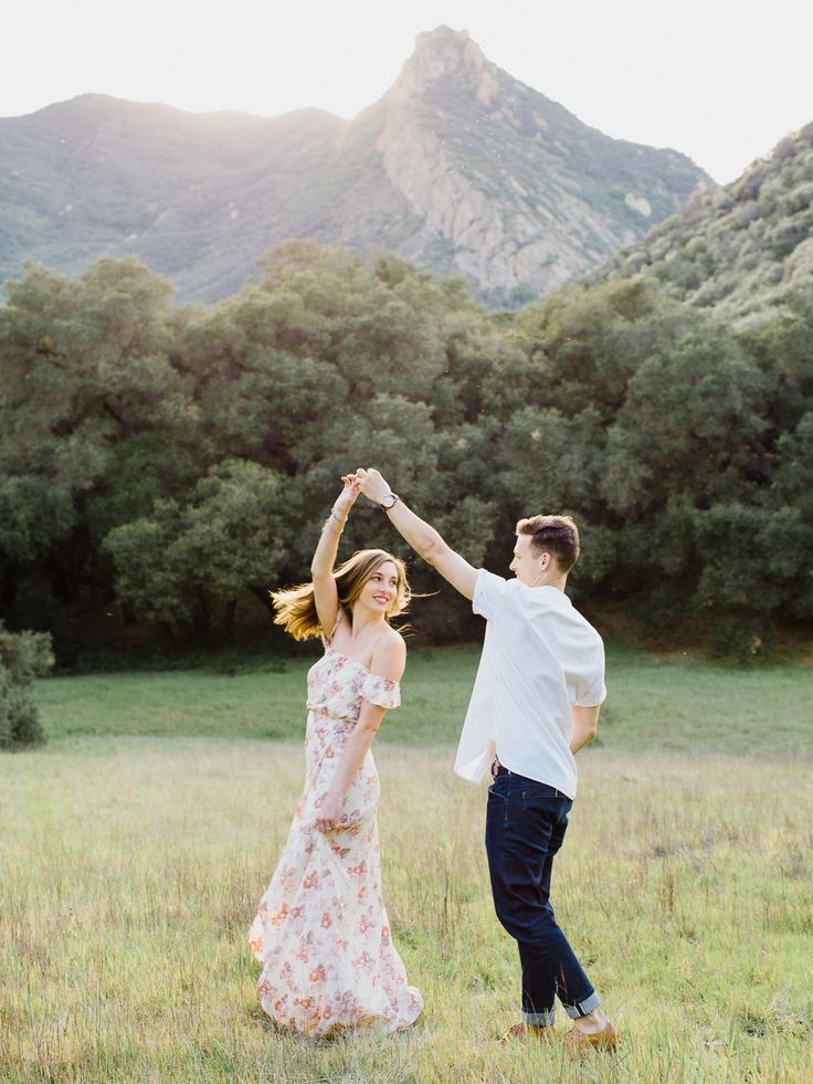 Malibu Engagement Session | What to Wear for Your Engagement Photos | Engagement Session by Greg Ross | Floral Maxi Dress | Boho Engagement Photo Ideas | Style Ideas for him | Spring Engagement Session Ideas | Engagement photos in a field | Reformation | H&M