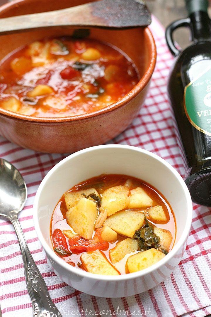 Primo piano  zuppa di patate di Giovanna
