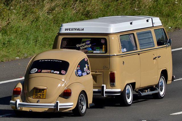 1979 Volkswagen Campervan by Charles Dawson, via Flickr