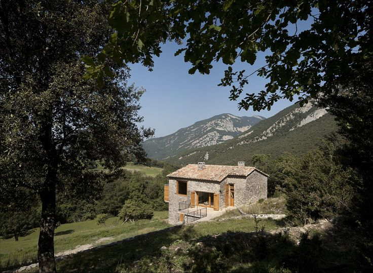 "Restoration of the house ""El Bosquet"""