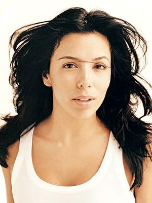 Eva Longoria  The Texan stunner looks stunning with or without makeup.