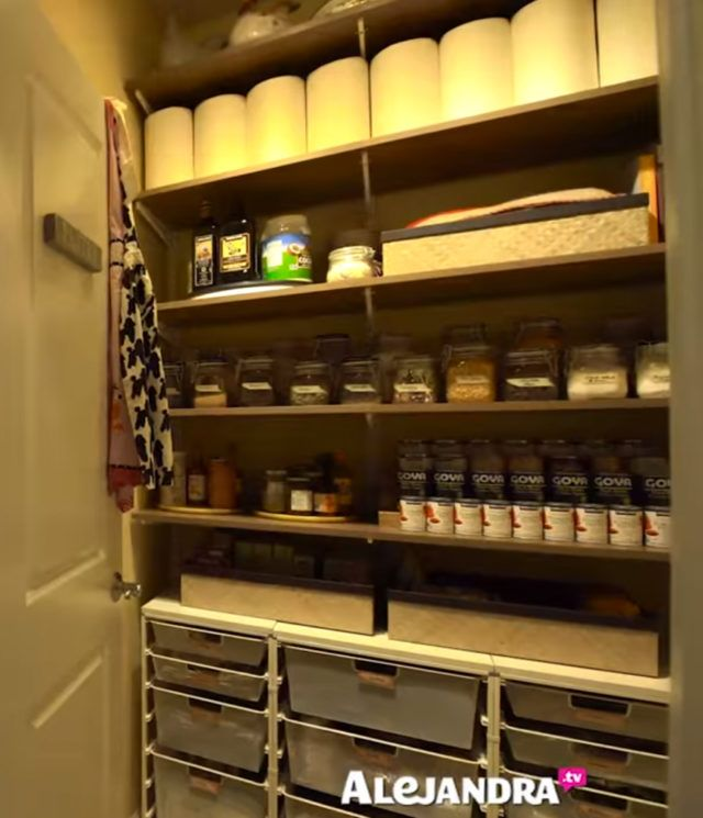 Organized Pantry And Pantry Tips: [VIDEO]: Most Organized Home In America (Part 2) By