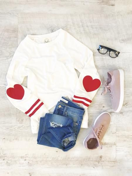Heart Patch Pullover - White
