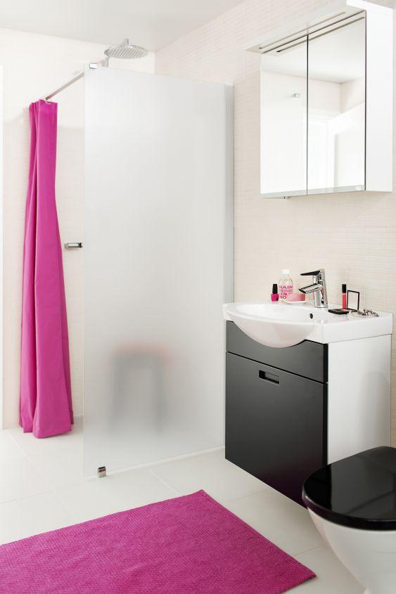 Kylpyhuoneen tunnelma määräytyy paljolti sen mukaan, millaisia värejä käytät.