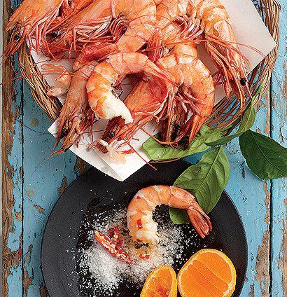 Steamed prawns with hot pepper ClemenGold salt