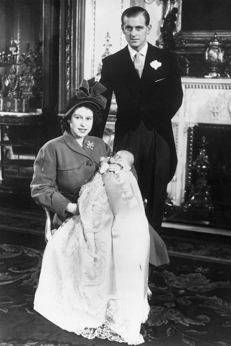 Queen Elizabeth II Style File Queen elizabeth, Princess