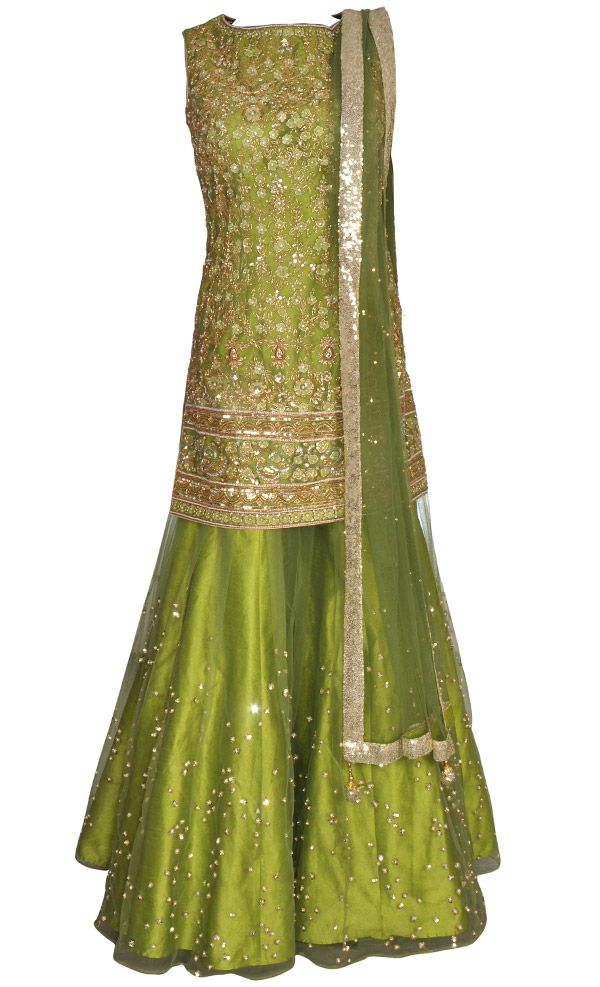 This set features a mehndi green net shirt with an underlayer of matching raw silk lining. The shirt features a blend of beautiful highly intricate gold and silver cutdana, sequins, mehndi green thread, gold dabka and pearl hand embroidery along with sprinkled gold sequins and pearl hand embellished botis at the back of the shirt. It is paired with a matching flared sharara pants in net base with an underlayer of silk and features sprinkled gold sequins and pearl hand embellished botis. It…
