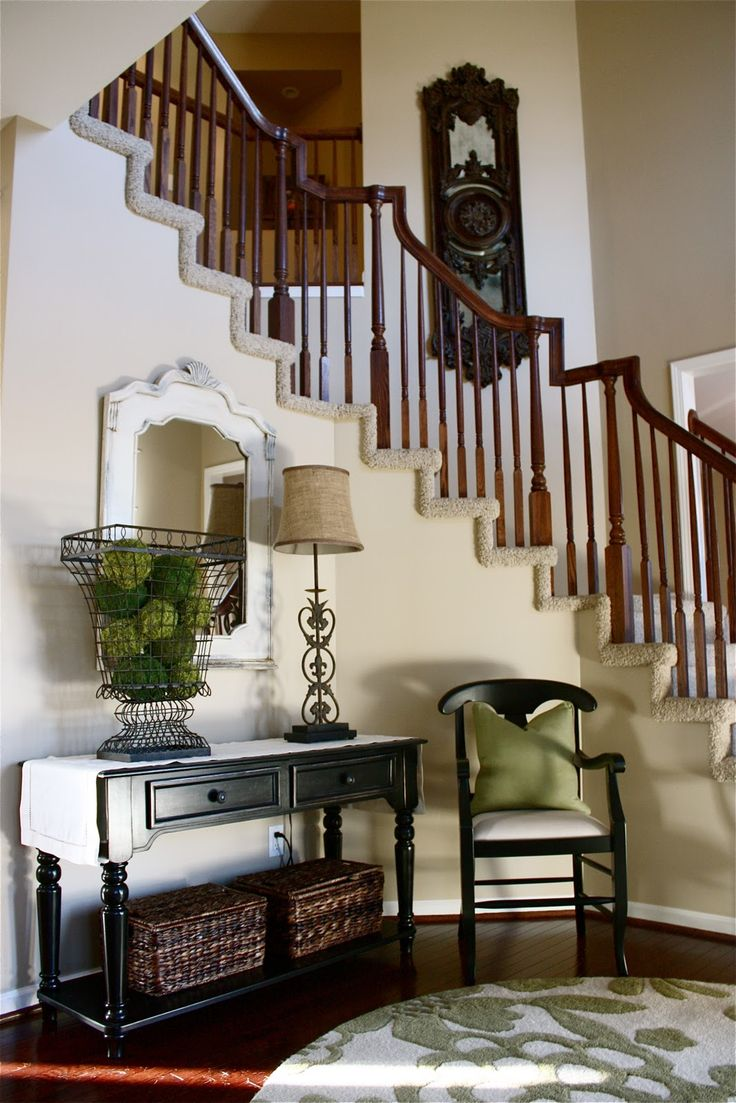 style and charm: Foyers Ideas, Decor Ideas, Stairs, Interiors Design, Moss Ball, Wire Baskets, Room Makeovers, Yellow Capes Cod, Rooms Makeovers