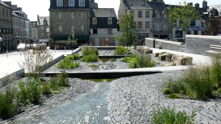 Coloco | Paysagistes / Urbanistes / Jardiniers |   Place de l'Evêché