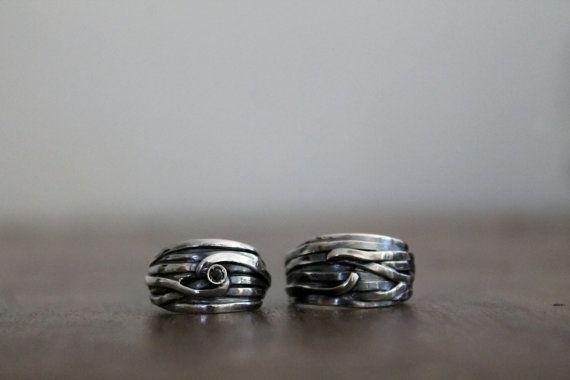 Fedina con fili in argento 925 e diamante nero  di NaturalGeometry