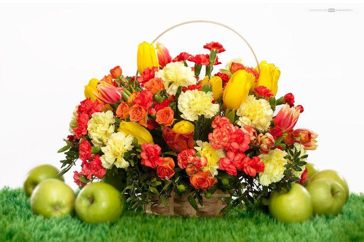 Рекламаная фотосъемка цветочной композиции для каталога - Photo Techart #цветы #цветочные композиции #рекламное_фото #фото_каталог