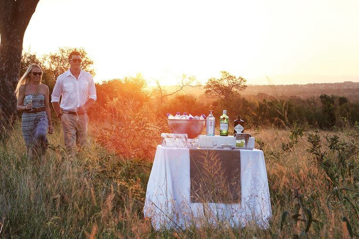 Romantic drinks stop at Londolozi Private Game Reserve - Elsa Young
