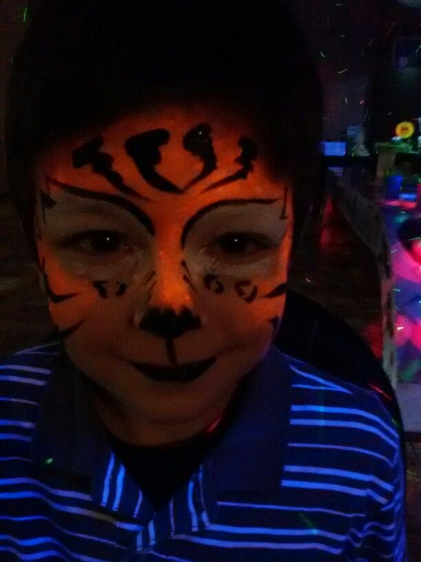 Face painting tigre