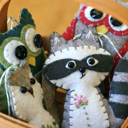 Felt friends: Woodland Animal, Felt Crafts, Animal Ornaments, Woodland Creatures, Felt Ornaments, Felt Christmas Ornaments, Sewing Machine, Diy, Felt Animals