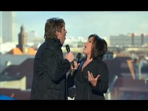 Ute Freudenberg - Auf den Dächern von Berlin 2011 - YouTube