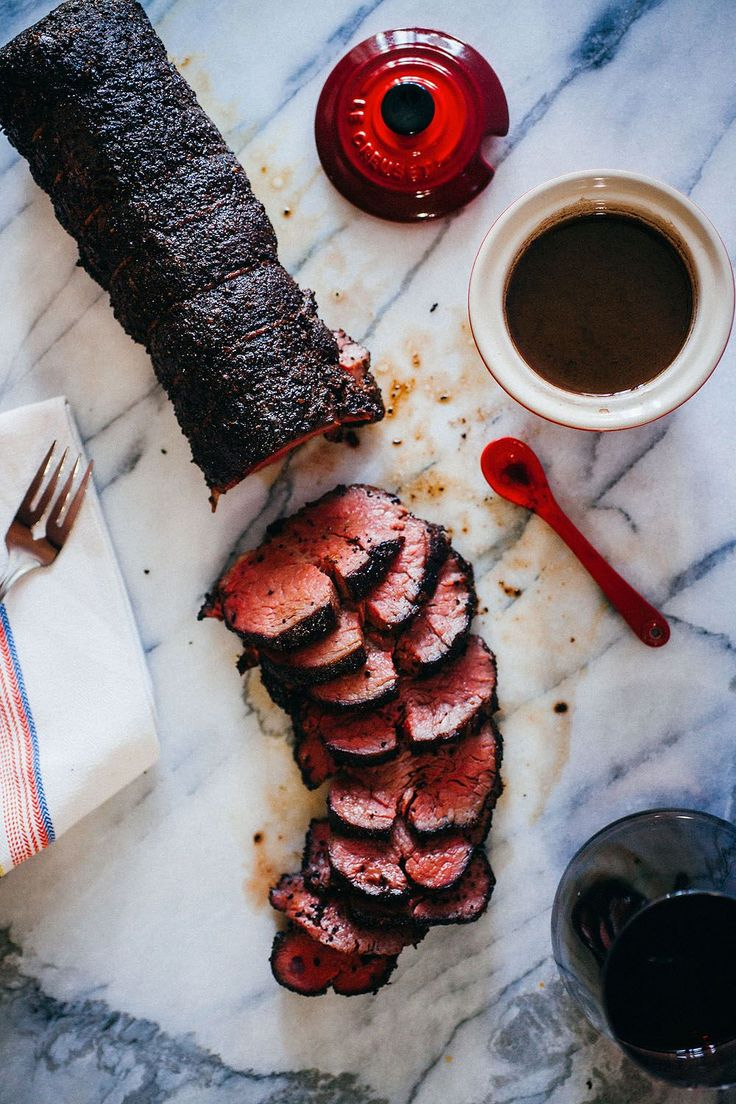 Perfectly cooked beef tenderloin with an aromatic coffee crust and a simple red wine jus.