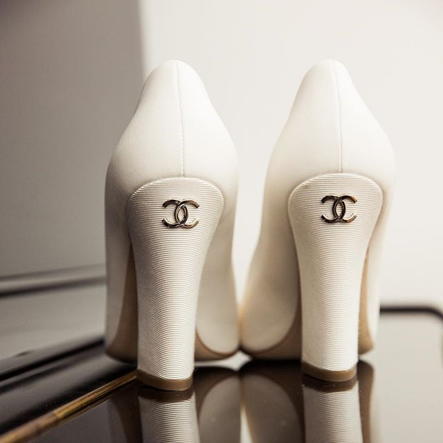 Chanel wedding shoes ❤️ to die for  #gmphotographics #wedding #love #weddingshoes #heels #chanel #professionalphotographer #sydneyphotographer #canonmasterphotographer #masterphotographer #instabride