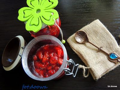 Moje Małe Czarowanie: Konfitura truskawkowa z kawałkami owoców
