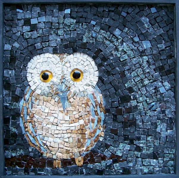 """""""Hoo's There"""" mosaic owl - by Sophie Drouin"""