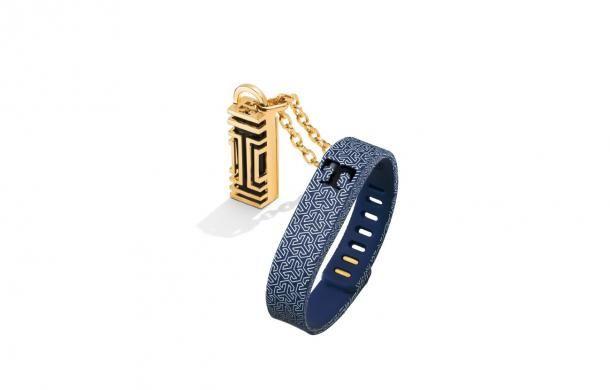 High Tech meets fashion jewellry !!!
