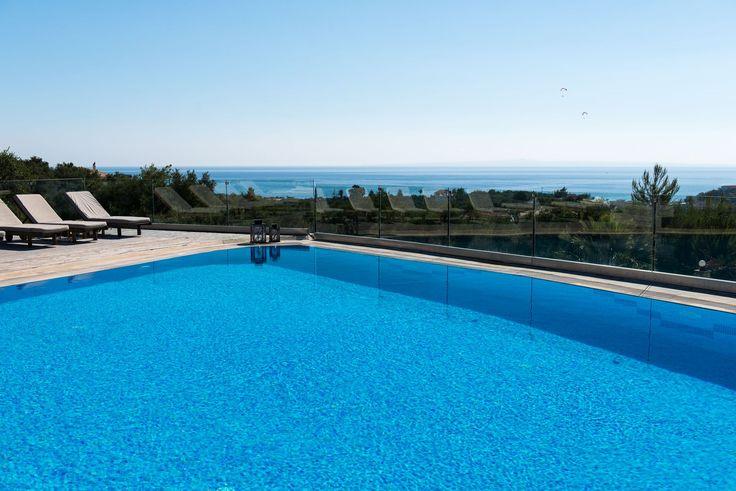 Infinity pool, infinity view..! #PaliokalivaVillage #Zante
