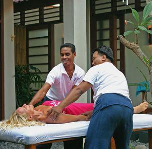 Four hand massage - best in Bali (and near villa)