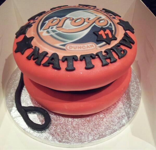 Yo yo boys cake!