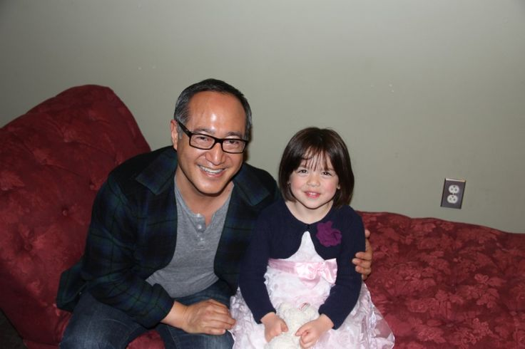 5 Questions with a 5-Year-Old chats up Alan Muraoka, straight from Hooper's Store on Sesame Street!