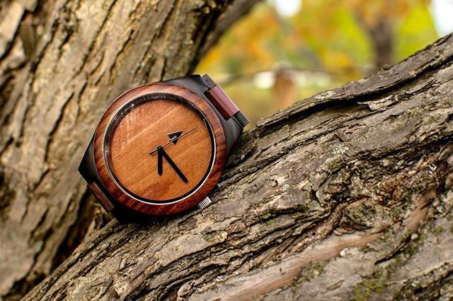 Product Features Warranty & Returns Engraving Services Please design your own Treehut wooden watches! This watch is equipped with high-quality Japanese quar