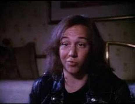 """Don't Tell Mom the Babysitter's Dead (trailer) """"You really cracked Mr. Egg!"""""""