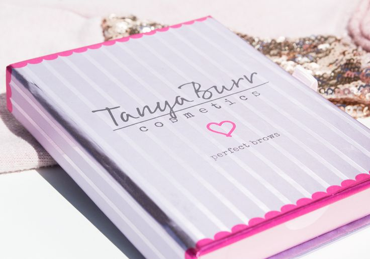 Tanya Burr ♥ Perfect Brows http://beautyboulevard.se/tanya-burr-perfect-brows/ Eyebrow Ögonbryn Bryn Brows on Fleek Brown Medium Dark Blonde Highlight