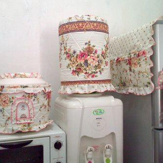 CALMLY FLOWER  1 Paket : - Tutup Galon - Tutup Magic Jar - Tutup Kulkas + 1 gagang  Harga Rp. 125.000 /paket  Pemesanan: HP: 0888 0946 9252 BB: 31315177 YM: aliv_rumahzakat Email: aliv.anaba@gmail.com
