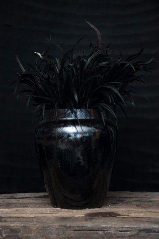 LW Urn L – sparkling black | Love Warriors of Sweden