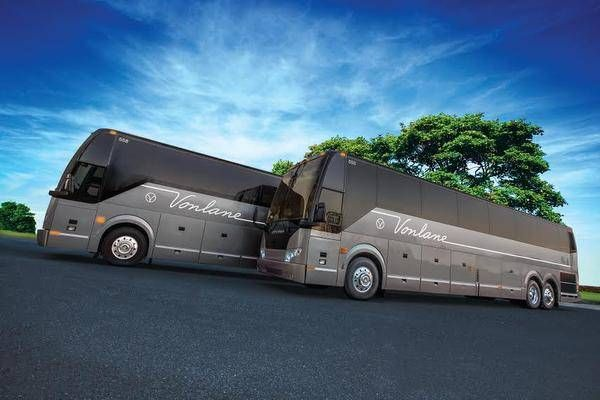 Vonlane will start Dallas to Austin runs in premium buses configured like corporate jetsBus service will charge $100 each way for service aboard coaches that offer only 16 seats, food, beverages, Internet service and even a conference room.