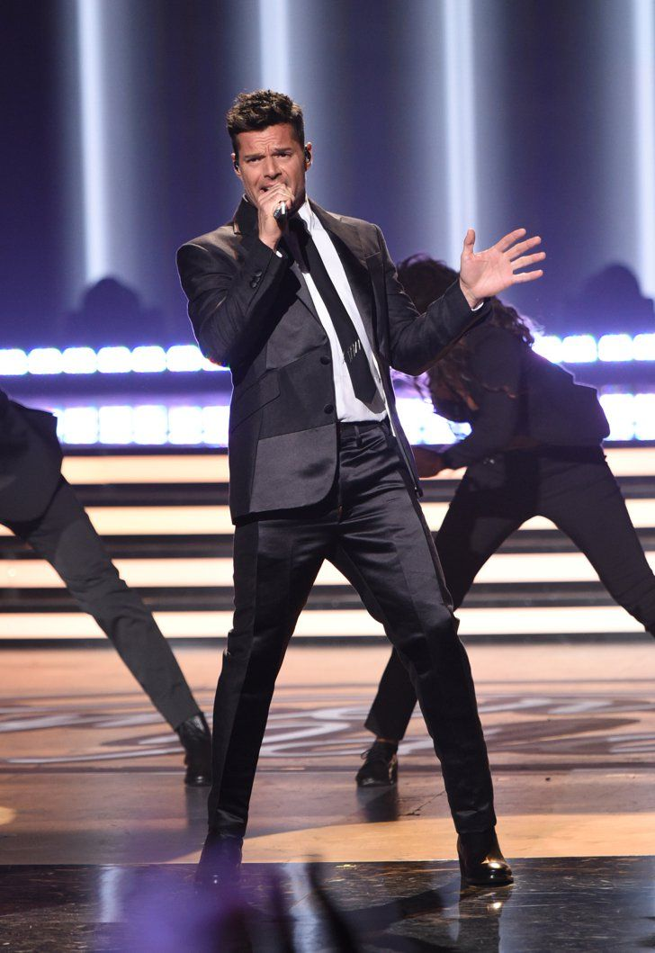 Pin for Later: J Lo, Pitbull, Prince Royce, and Ricky Martin Heat Up the American Idol Season Finale