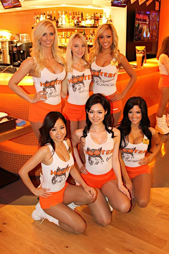 Women with big hooters-3883