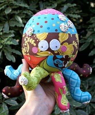 Oopsie the Octopus!  I made this (with only one print of fabric) for my niece and she loves it!  Great plushie pattern. :)