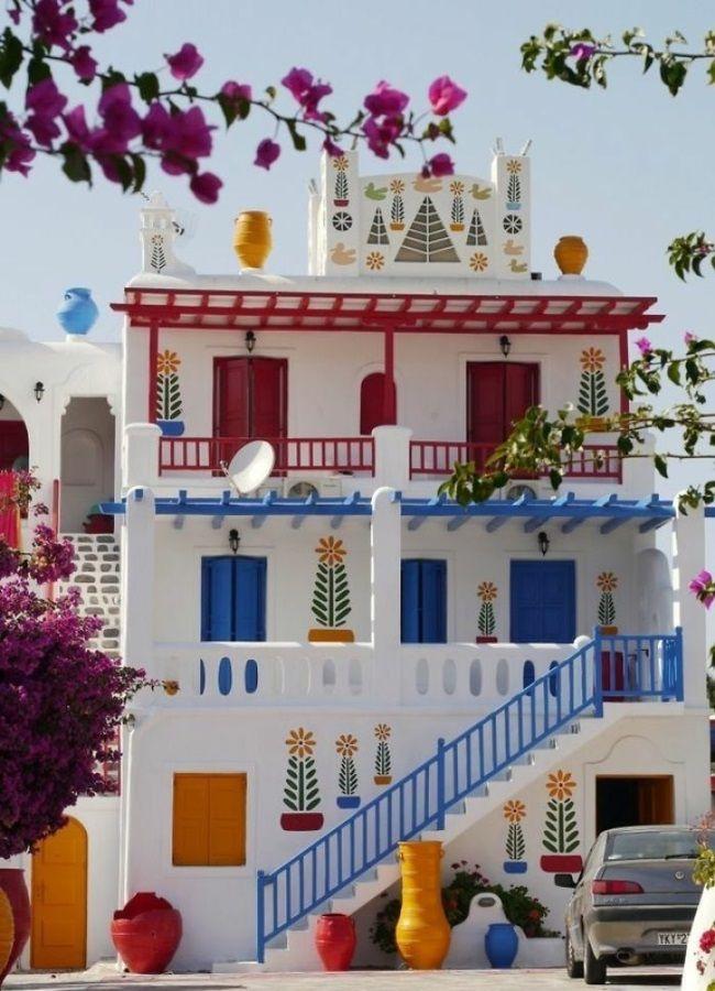 Hausfassade streichen – bringen Sie alle Regenbogenfarben zum Einsatz