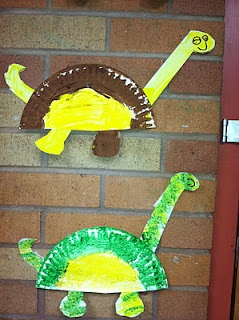 paper plate dinos...we are SO making these to go along with Lulu & the Brontosaurus!