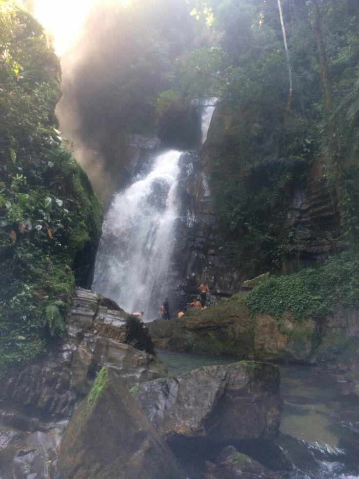 Cachoeira do Beija flor - PETAR, São Paulo - Brasil