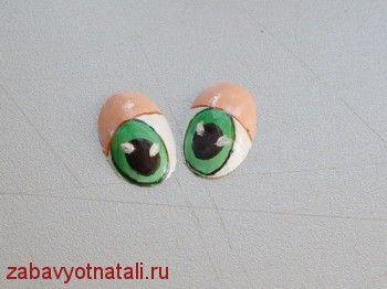 Глазки из пластиковой ложки