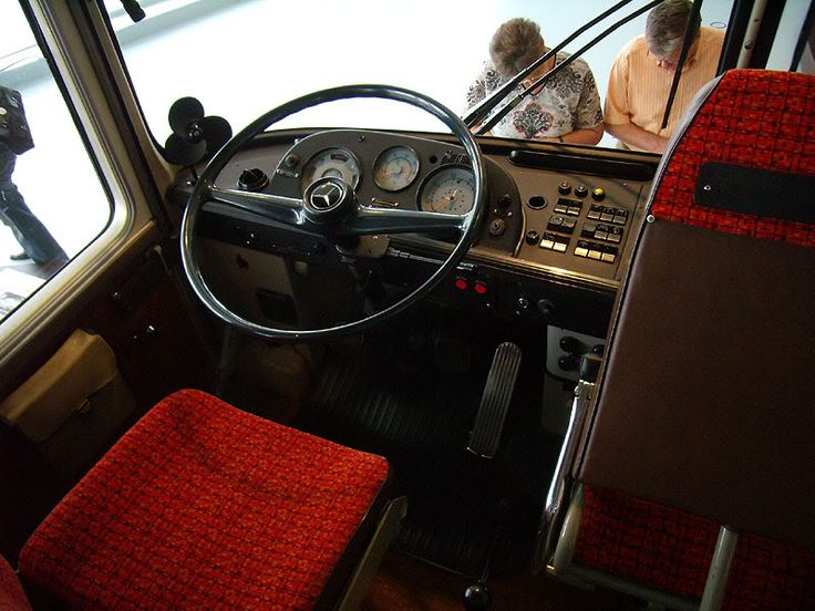 Mercedes Benz O302 interior