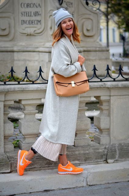Pleated skirt and sneakers combo