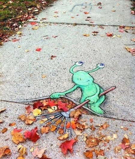 3D Sidewalk Chalk Art http://www.toxel.com/inspiration/2012/10/07/chalk-art/#