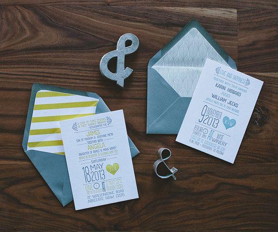 Buchdruck Hochzeitseinladung: Moderne gelb und von WideEyesPaperCo