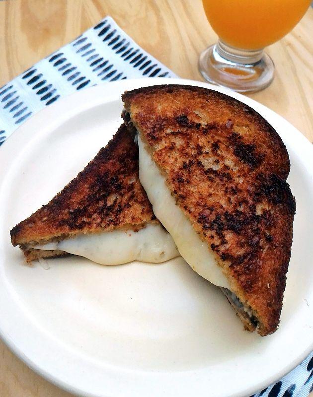 Como fazer um queijo quente perfeito
