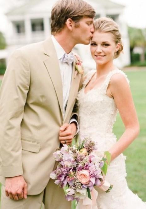 Сонник видеть свадебное платье - http://1svadebnoeplate.ru/sonnik-videt-svadebnoe-plate-2594/ #свадьба #платье #свадебноеплатье #торжество #невеста