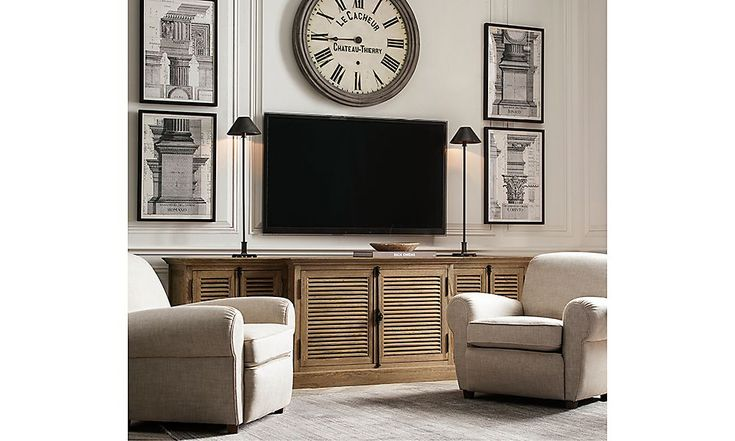 Restoration Hardware Is The World 39 S Leading Luxury Home Furnishings Purveyor Offering Furniture