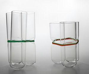 group-vase-by-agnieszka-bar-m.jpg (300×250)
